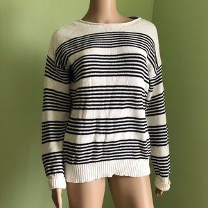 Stitch Fix - Market Spruce - White & Black Sweater